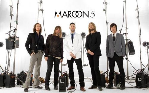 209930maroon_live_in_jakarta_2012.jpg